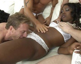 Ebony Skyler Nicole Banged By Four